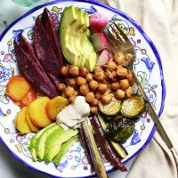 Buddha Bowl with Curried Chickpeas