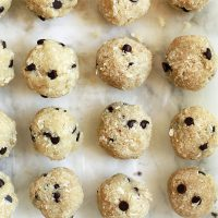 Vegan Chocolate Chip Cookie Dough Balls