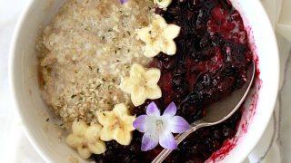 Quinoa Breakfast Porridge with Blueberry Sauce