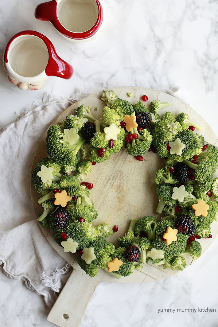veggie and cheese wreath