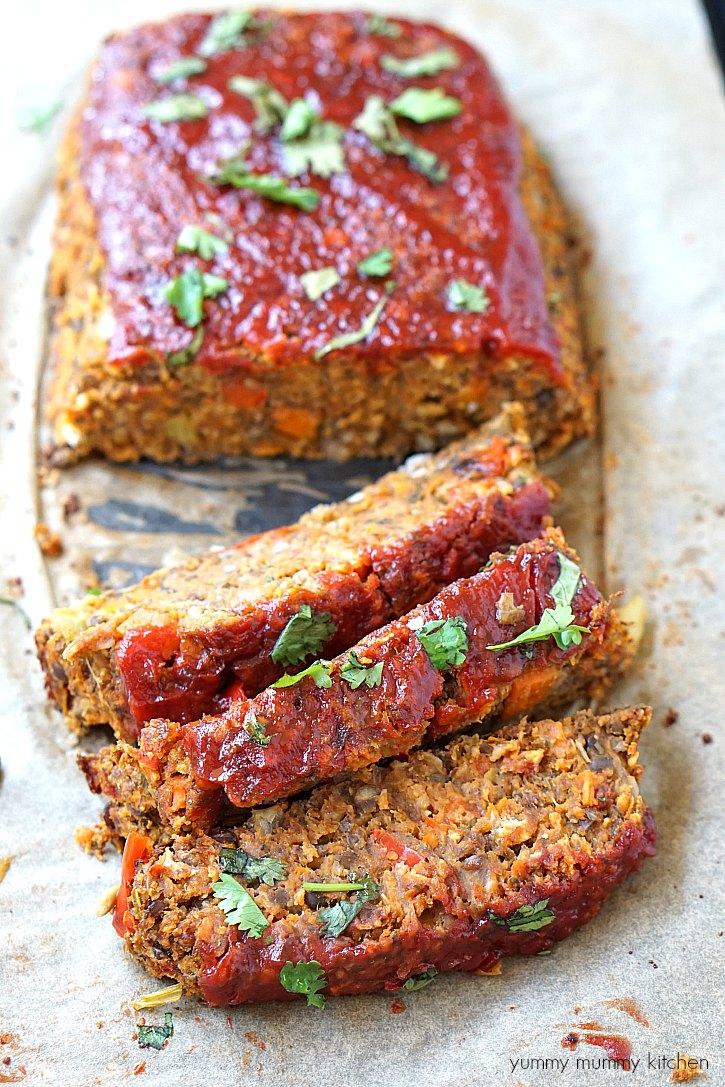Vegan lentil loaf is like a meatless meatloaf. It's a healthier vegetarian main course perfect for a Vegan Christmas Dinner.