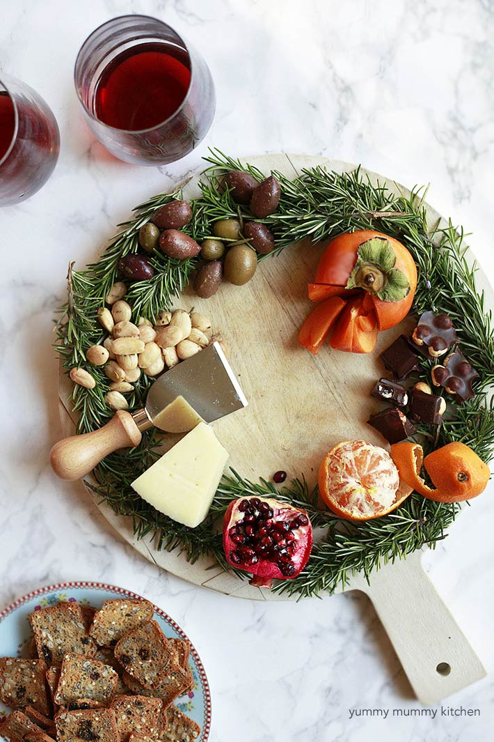 how to cut a pomegranate for cheese platters