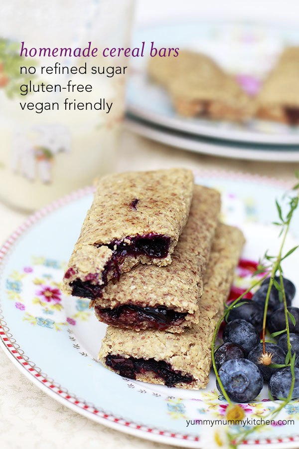Homemade nutrigrain cereal bars with berry filling