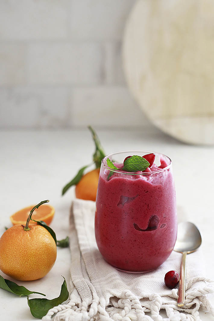 cranberry smoothie, fresh cranberry health benefits, and how to use fresh cranberries