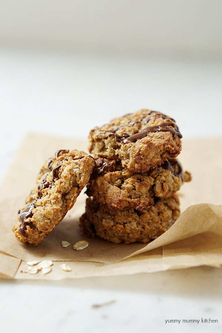 Delicious peanut butter oatmeal breakfast cookies with a chocolate drizzle.
