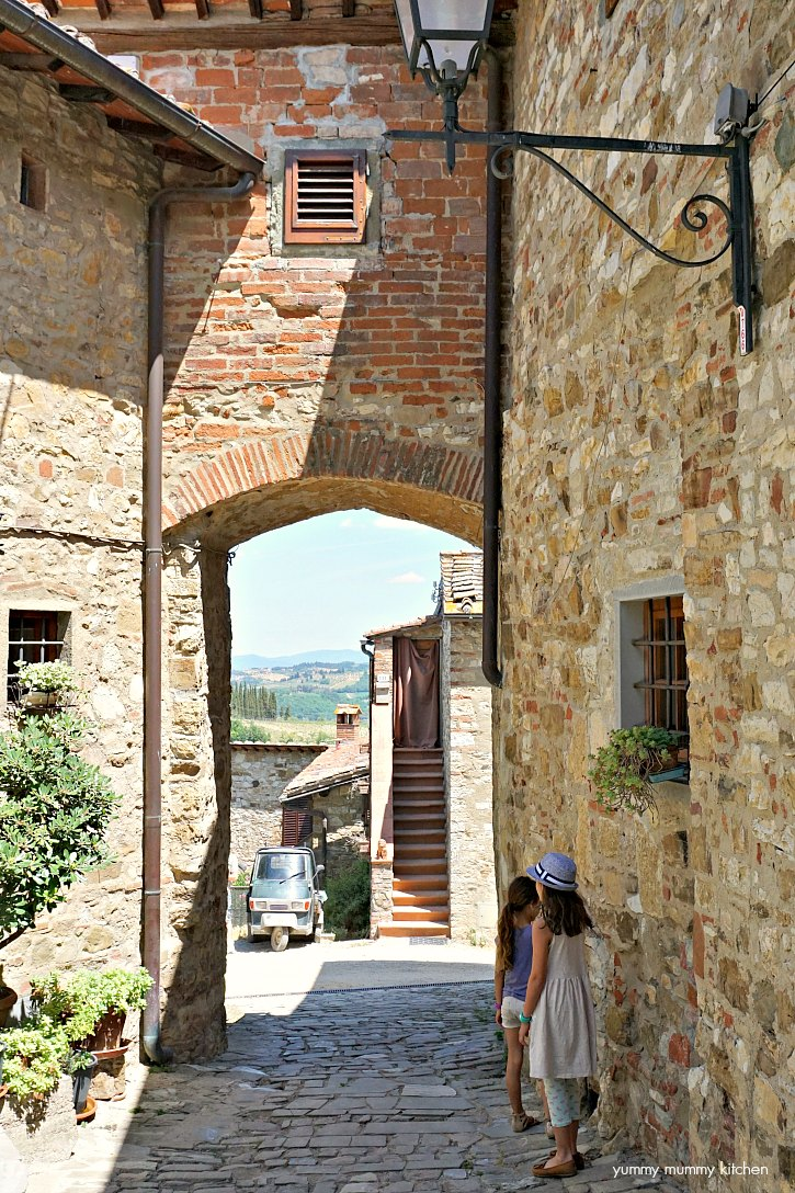 The beautiful village of Montefioralle in Tuscany!