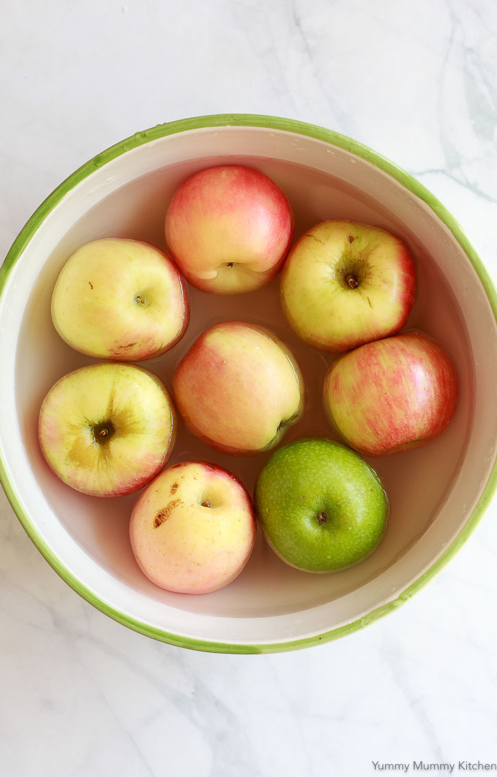 Use a variety of apples for making homemade apple cider.