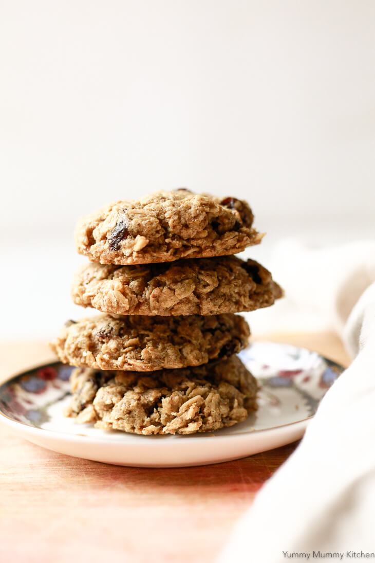 The best recipe for soft and chewy classic oatmeal raisin cookies that happen to be vegan and gluten-free. These easy oatmeal cookies are made with oat flour.