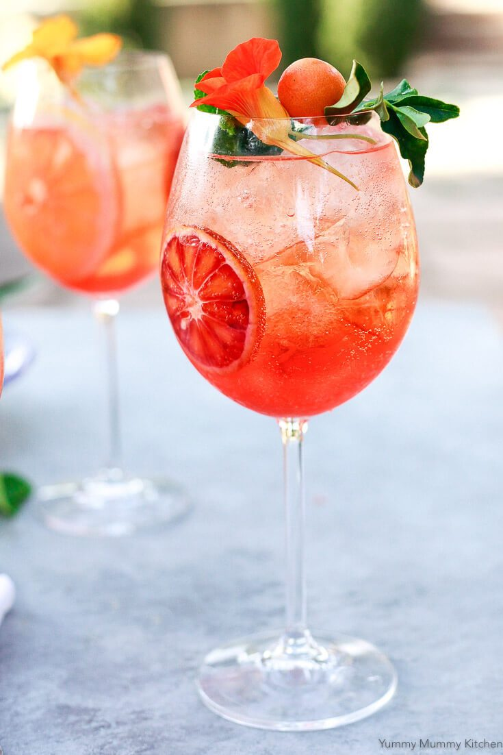 Cocktail, Aperol, Spritz, Italian, citrus, orange, Prosecco, summer, parties