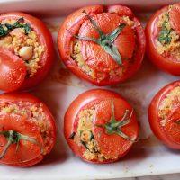 Quinoa Stuffed Tomates